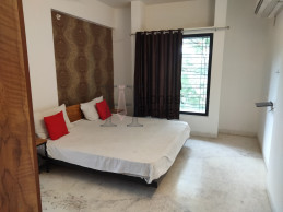 Luxurious 2/3 Bhk Furnished Flats On Rent